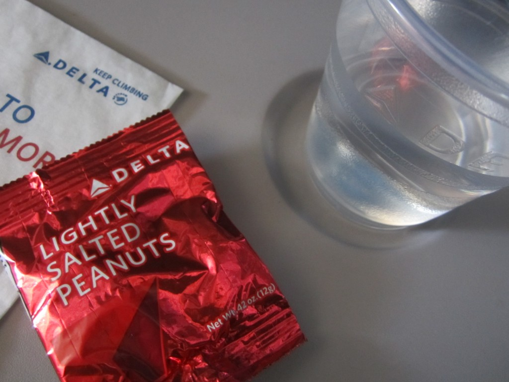 How many peanuts are in the Delta peanut bag?